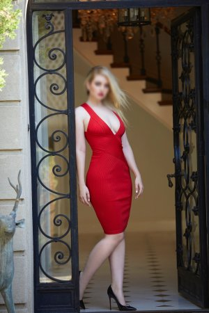 Pauline-marie escort girls