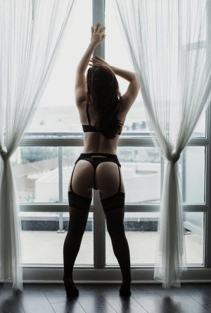 Miriella escort in Pekin Illinois, thai massage